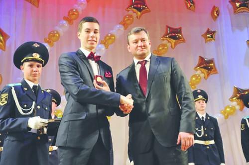 Единственный алтайский выпускник, выбравший ЕГЭ поиспанскому, набрал 91 балл